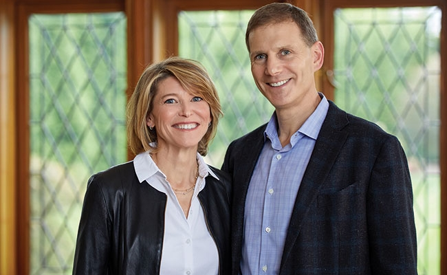Headshot of Andrew Harris Jacobson and Marina Kunis Jacobson, G'93, WG'93